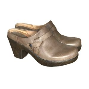 Kravings by Klogs Distressed Leather Angie Clog